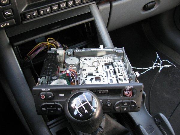 пока не вставлена кассета.